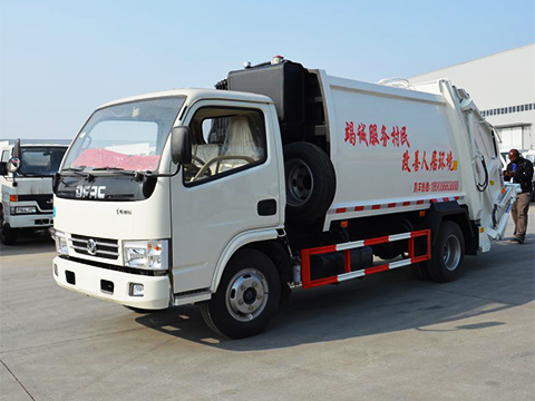 Dongfeng 4 Cubic Meter Compactor Garbage Truck