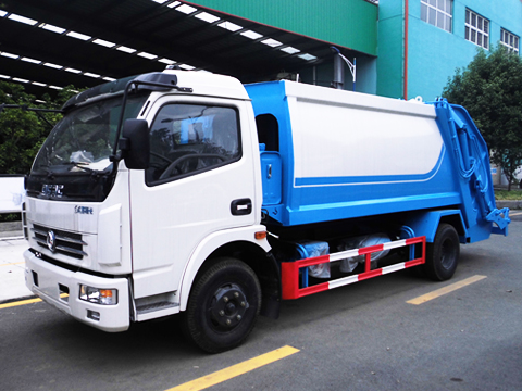Dongfeng 8 Cubic Meter Compactor Garbage Truck